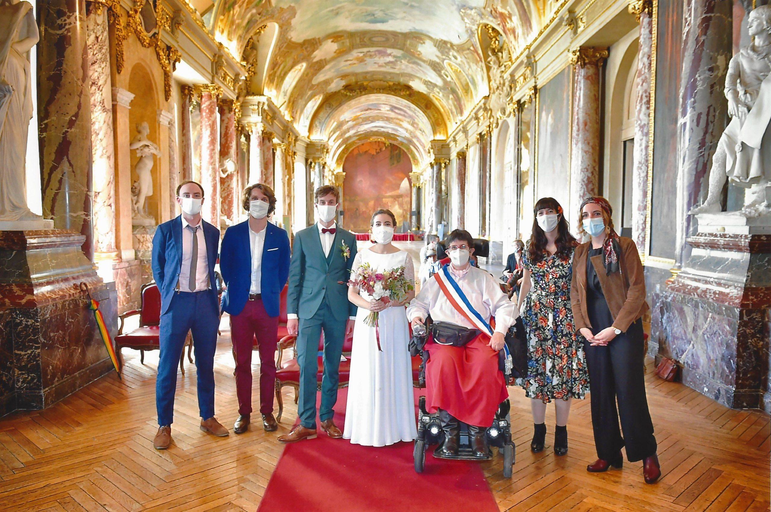 Odile célébrant un mariage au Capitole en octobre 2020
